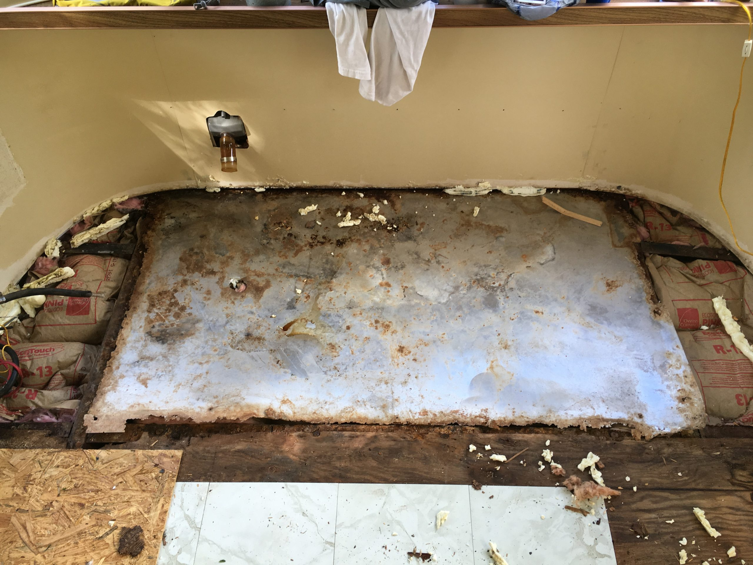How to replace an Airstream Argosy Subfloors