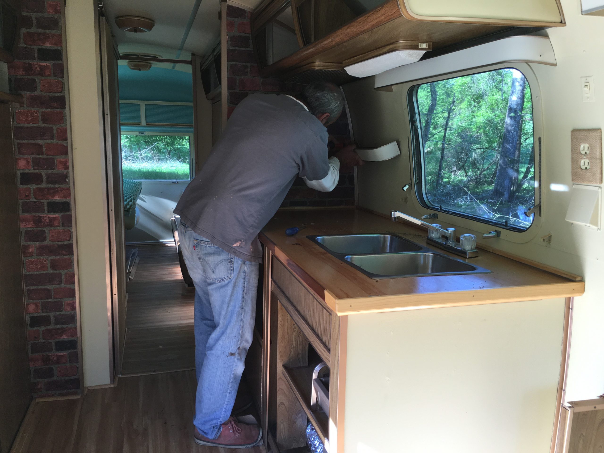 Buying a New RV Versus Used