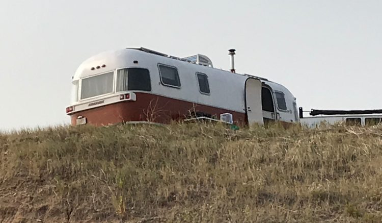 RV Boondocking or RV Hookups